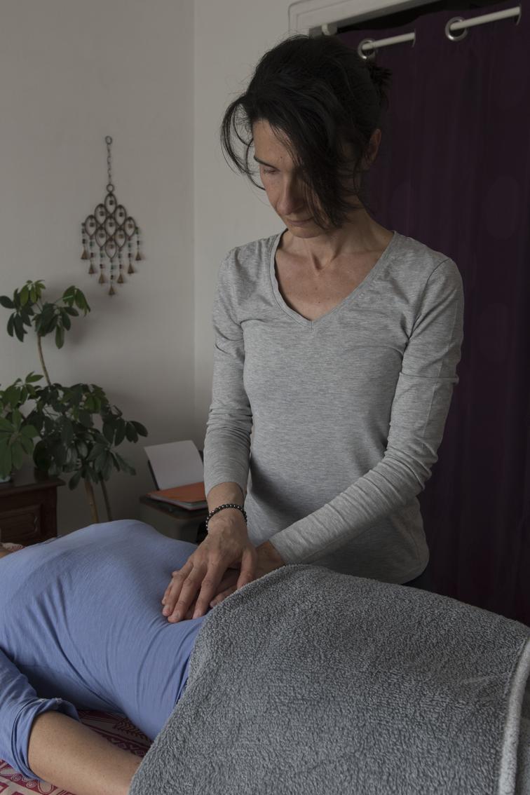 Chi nei tsang massage abdomen Célina Gomes